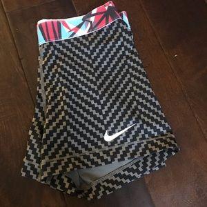 Nike pattern spandex
